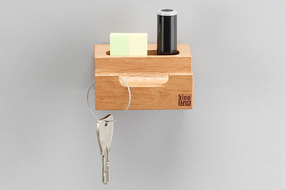 Key hook with accessory holder